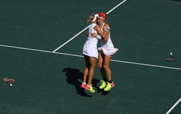 Российские теннисистки Елена Веснина и Екатерина Макарова