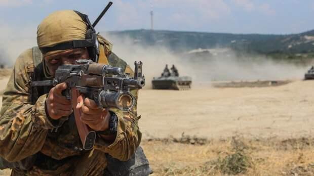 В Сети появилось видео масштабных учений белорусских десантников под Брестом