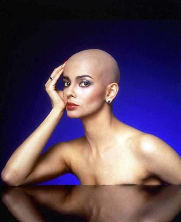 Индийская модель, актриса, автор и первооткрывательница стиля экстремальных женских стрижек в новейшей истории.