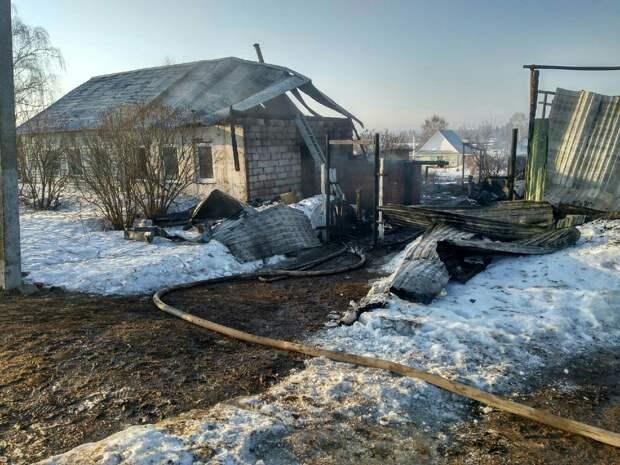 4 семьи из Удмуртии остались без крова после пожара