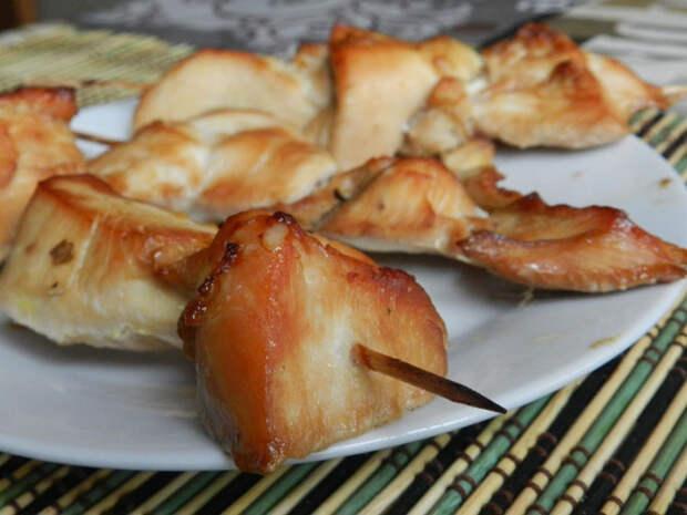 Рецепт на выходные: Шашлычки из куриной грудки