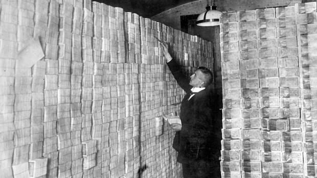 Гиперинфляционный шок похоронит экономику Америки