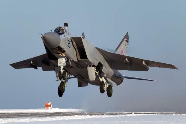 The National Interest: заменит ли Россия МиГ-31 беспилотным перехватчиком ПАК-ДП?