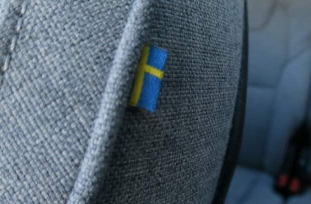 Volvo XC90 T8 2021 года получил шерстяную обивку салона