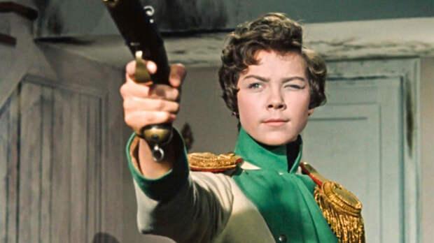 Кавалерист-девица Дурова - первый трансгендер царской России?