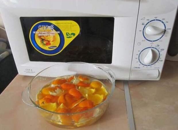 Апельсин приходит на выручку в борьбе с несложными загрязнениями. /Фото: veseldom.com