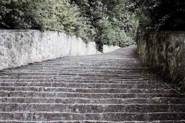 """История концлагеря """"Маутхаузен"""" и его ужасная лестница"""