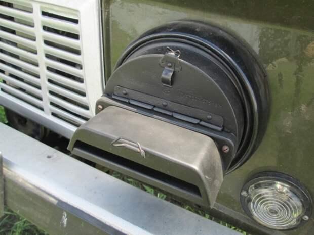 Зачем на фары устанавливают специальные крышки, ухудшающие освещение / Фото: drive2.ru