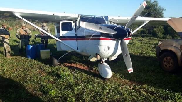 Эквадор переживает бум авиаперевозок среди наркоторговцев