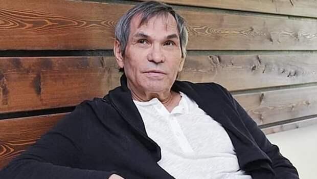 Бари Алибасов вышел на связь после операции на позвоночнике