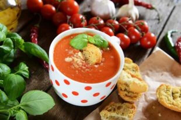 Томатный кавказский и японский рамэн. Интересные рецепты холодных супов