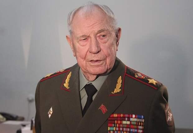 Почему последнего министра обороны СССР Язова обвинили в измене Родине
