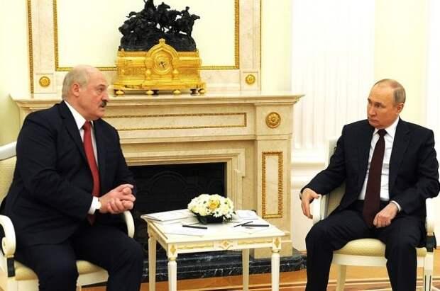 Лукашенко: Белоруссия и РФ достигли договоренности по налоговому маневру