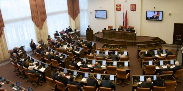 Депутатам заксобраний и и.о. замгубернаторов официально разрешили заниматься бизнесом
