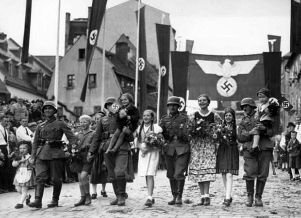 """""""Стирание памяти"""": Госдуму призывают определить новую дату начала Второй мировой войны"""