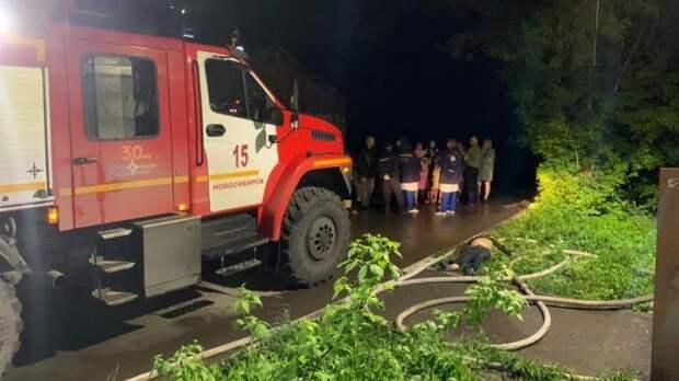Следователи выясняют личности погибших на пожаре в жилом доме в Новосибирске