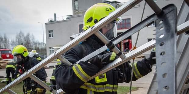 В Пожарно-спасательном центре Москвы определили лучшее звено ГДЗС