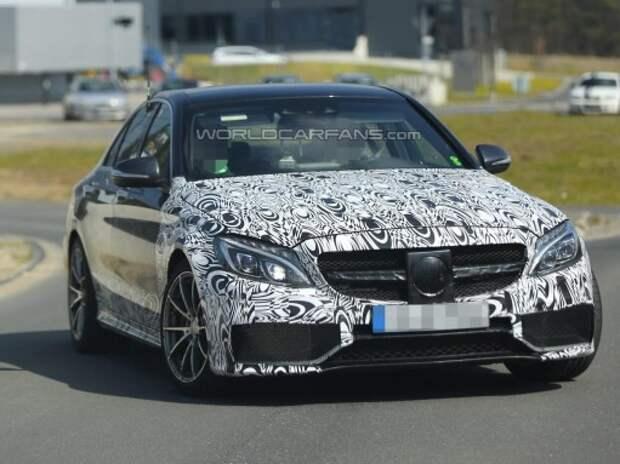 Mercedes-Benz C 63 AMG дебютирует в обычном и «мощном» вариантах