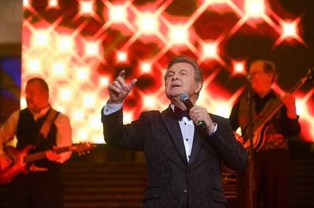 Лев Лещенко пожаловался на травлю из-за коронавируса