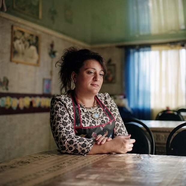 Как живут люди Шашлыкограда в Мордовии, которые кормят дальнобойщиков