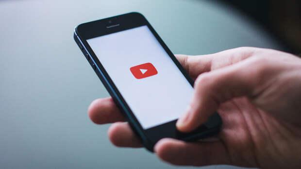 Facebook и YouTube могут замедлить из-за неудаления запрещенного в РФ контента