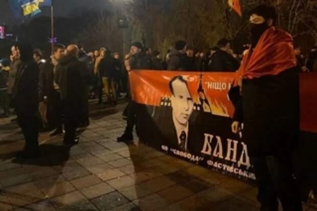 Посол Израиля в Украине назвал Бандеру пособником нацистов и осудил марш в его честь