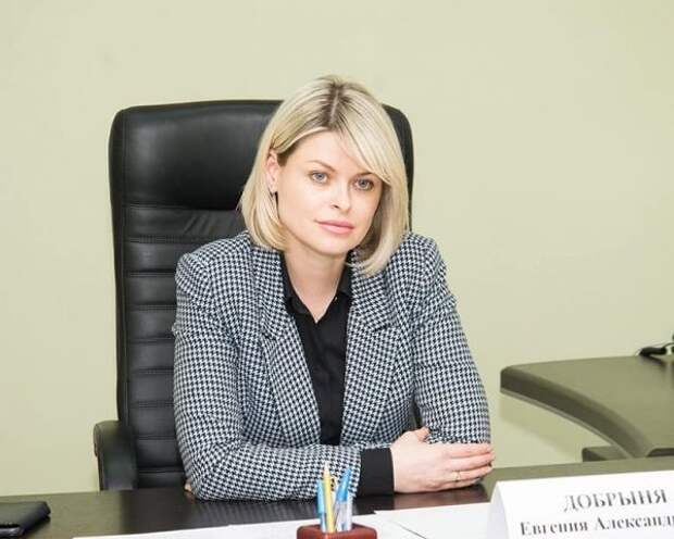 Проблемы крымчан выслушала Евгения Добрыня