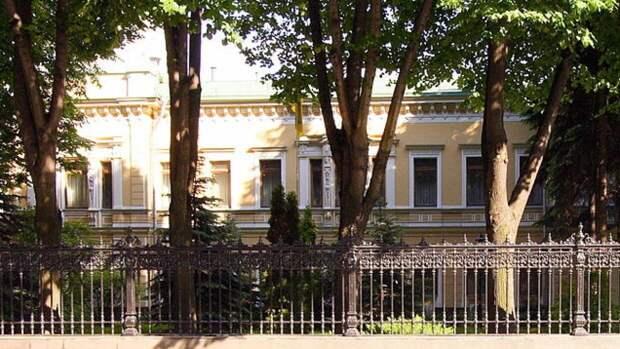 Украинский дипломат озвучил условия для нормализации отношений Москвы и Киева