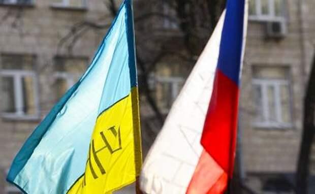 Пол-Украины — русские, а Кремль всё медлит