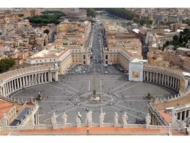 Зеленский балансирует между Константинопольским патриархатом и Ватиканом
