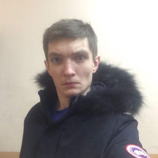 Это я, когда увидел пожилого азербайджанца в подземном переходе