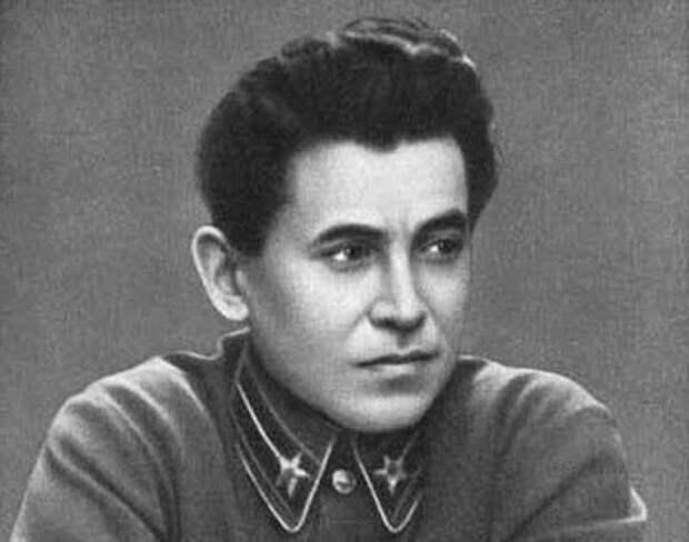 Николай Ежов: главные тайны биографии «кровавого карлика»