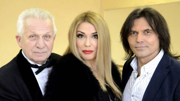 Ольга Сумская со своим бывшим и нынешним мужьями. Слева Евгений Паперный, справа Виталий Борисюк