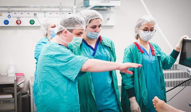Самый взрослый пациент: вЕкатеринбурге 83-летнему мужчине провели операцию напечени