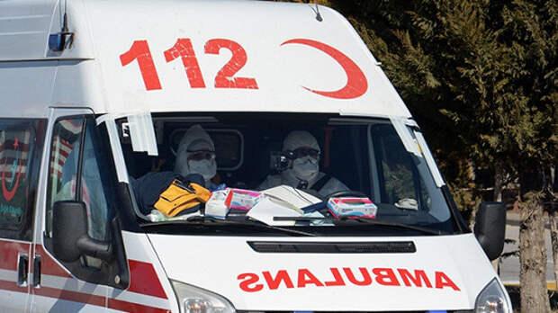 В Стамбуле вооруженный мужчина ранил трех россиян