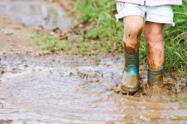 Зачем детям нужна грязь и как это влияет на самооценку