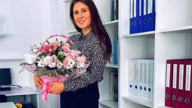 Одной из убитых в Казани учительниц было 26 лет.  Эльвиру Игнатьеву похоронили в Татарстане