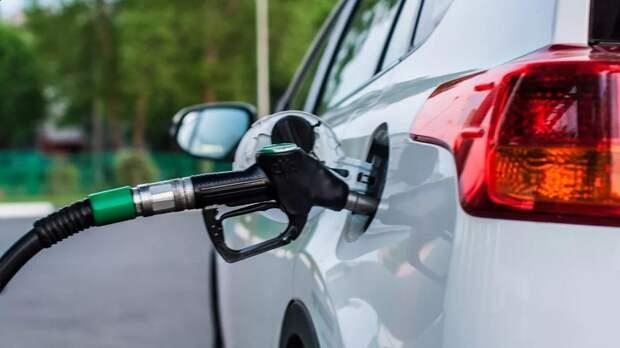 Правительство России, наконец, обратило внимание на резкий рост цен на бензин