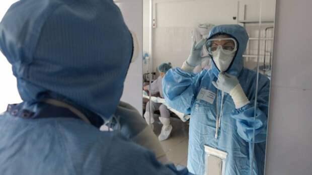 Власти Петербурга приняли решение расширить коечный фонд для больных COVID-19
