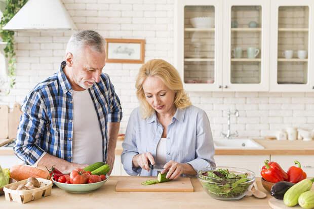 Перечислены продукты, «блокирующие» процесс старения