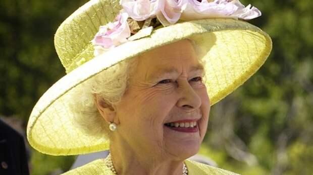 """Биограф Елизаветы II назвал ее """"секретным оружием"""" Великобритании на переговорах"""