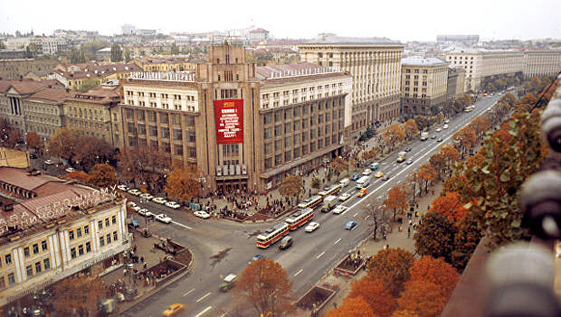 Улица Крещатик в Киеве. Архивное фото