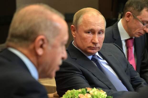 Bloomberg: Россия терпит выходки Турции, пока Эрдоган раскалывает НАТО