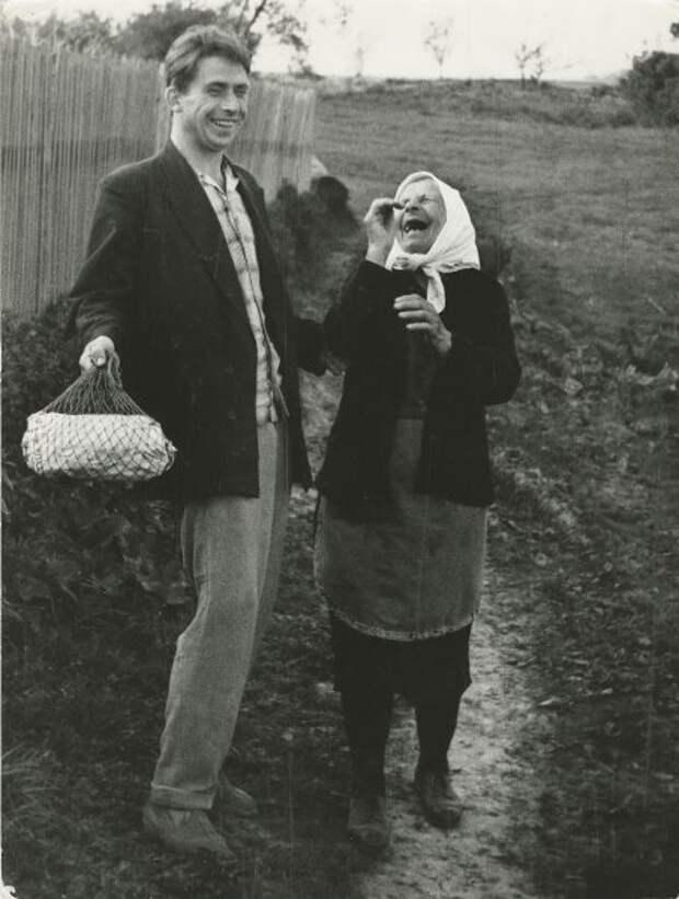 Бабушка и внучек Анатолий Болдин, 1960-е, МАММ/МДФ.
