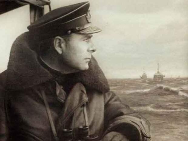 Адмирал Арсений Головко – командующий Северным флотом во время ВОВ