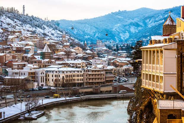 Старый город в Тбилиси зимой, Грузия