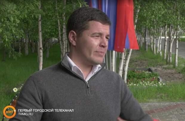 Губернатор Дмитрий Артюхов снова проедет на автомобиле по городам и сёлам Ямала