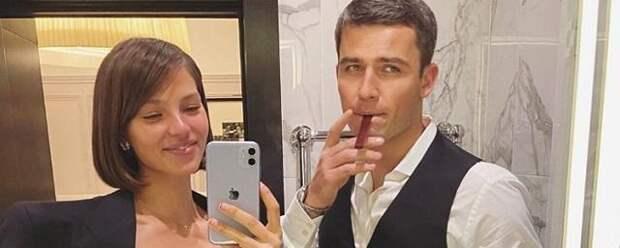 Алеся Кафельникова показала фото со свадьбы
