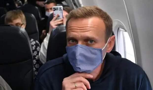 """Задержали Навального. В России может быть только """"стабильная Россия настоящего"""""""