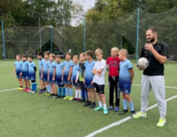 Школьная команда из Выхина-Жулебина стала призером окружного турнира по футболу